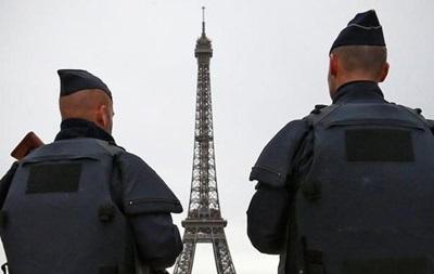 Правительство Франции закрепит режим ЧП в конституции