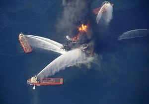 Фотогалерея: Море синее горит. Взрыв на буровой платформе в Мексиканском заливе