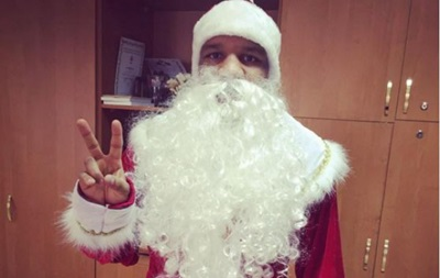Африканский Дед Мороз: Украинский борец порадовал своим видом
