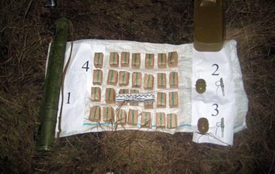 В Донецкой области нашли тайник с боеприпасами