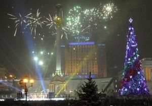 Черновецкий зажег праздничную иллюминацию на Крещатике