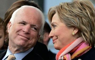 Клинтон рассказала, как пила водку с Маккейном