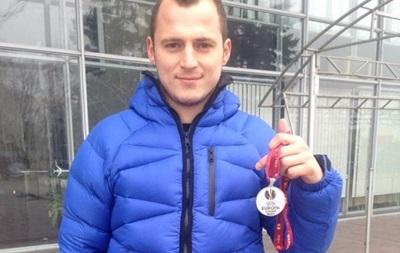 Зозуля в новогоднюю ночь продал свою медаль финалиста Лиги Европы