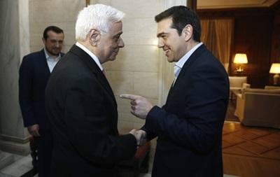 Президент Греции ждет, когда Ципрас наденет галстук