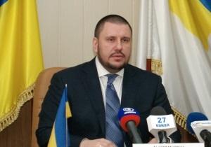 Азаров поставил перед новым главой ГНСУ задачу наладить эффективную работу с бизнесом