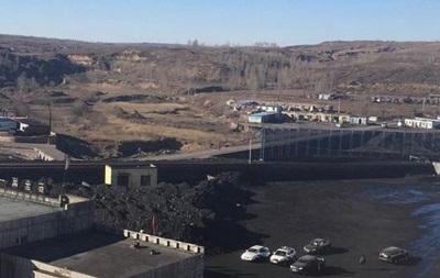 Обвал на шахте в Китае: 11 человек под землей