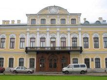 В Петербурге выставлен на продажу дворец
