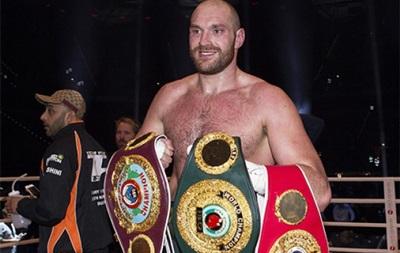 Тайсон Ф юрі - боксер 2015 року з версії The Ring