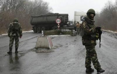 На блокпостах ДНР вносят выезжающих в базу - волонтеры