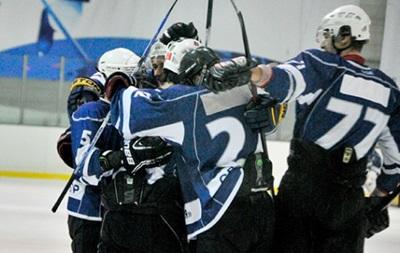Хоккей: Юность добыла первую разгромную победу в чемпионате
