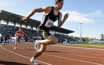 Adidas разрывает контракт с IAAF из-за допингового скандала - ВВС
