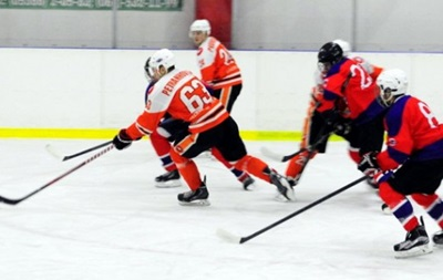 Хоккей: Витязь и Кременчуг громят своих соперников