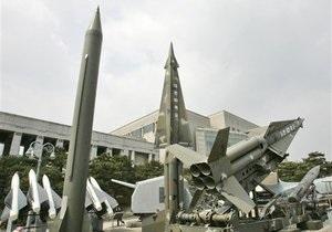 Сеул: Северная Корея располагает арсеналом в тысячу ракет