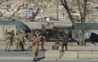 У нападі смертника у Кабулі загинули 20 людей