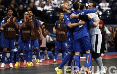 Євро-2016 з футзалу: Важка перемога для Росії, Італія обігрує Азербайджан