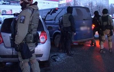 В Киеве задержали две группы угонщиков авто