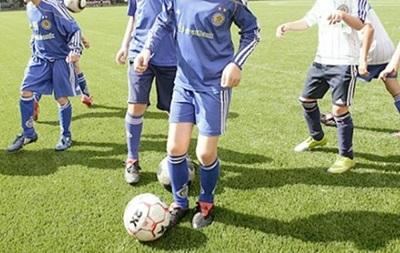 В Киеве футбольного тренера уличили в педофилии