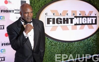 Холифилд: Фьюри не выглядит как боксер