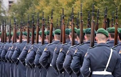 The Telegraph: НАТО может разместить тысячи солдат в странах Балтии
