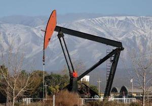 Рынки: Цены на нефть незначительно повысились