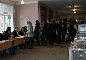 БЮТ и Партия регионов обменялись обвинениями в организации каруселей