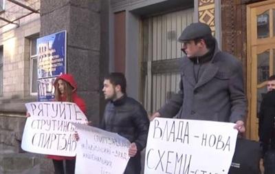 Активисты требуют пресечь кражи со спиртзаводов во Львовской области
