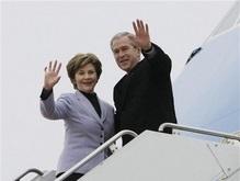 Буша в аэропорту будут встречать Балога, Огрызко и Черновецкий