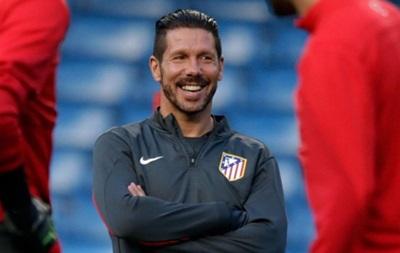 Тренер Атлетико Диего Симеоне начал учить английский язык - источник