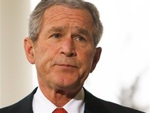 Буш подписал закон, призванный преодолеть ипотечный кризис в США