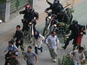 Иранская оппозиция заявила о гибели в беспорядках после выборов 69 человек