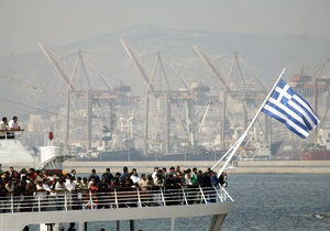 В Греции арестовали шестерых украинских моряков