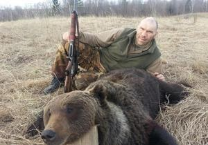 Суд признал законной охоту Валуева на медведя, селезня и бобра