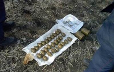 У Дніпропетровській області знайшли схованку з гранатами