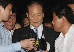 Брата президента Южной Кореи арестовали за взяточничество
