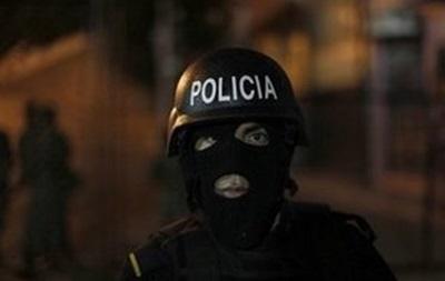 В Гондурасе переодетые в полицейских мужчины убили 10 человек