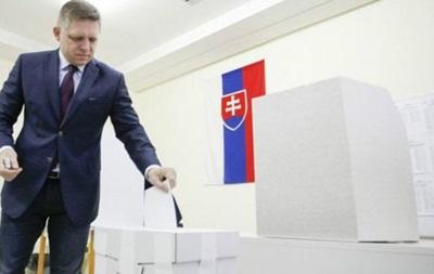 На выборах в Словакии победили противники беженцев