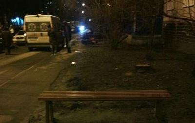 У Харкові розбився чоловік, випавши з вікна