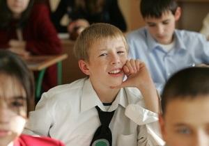 Корреспондент: Двойка школе. Отечественная школа готовит детей к жизни в мире, которого больше нет