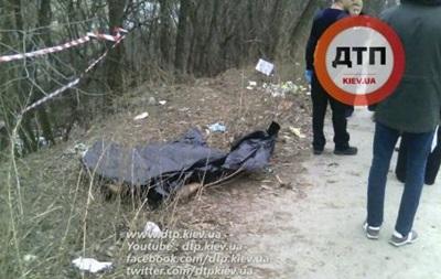 У Києві знайшли труп у будівельному смітті