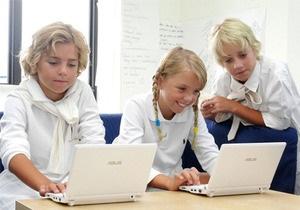 Школьников хотят заставить покупать нетбуки вместо учебников