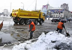 новости Киева - наводнение - Киевские власти сообщили, что в столице расчищены уже более 70% водостоков