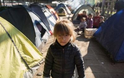В Грецию продолжают прибывать сотни мигрантов из Турции