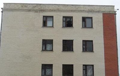 На Сумщине подозреваемый прыгнул из четвертого этажа полиции