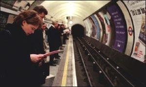 В Великобритании хулиганы будут мыть переходы метро