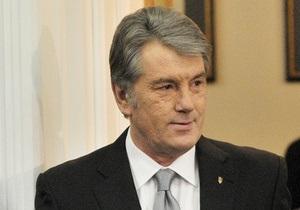 Ющенко подал в суд на Москаля за информацию о гражданстве США