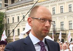Яценюк заявил о намерении выдвинуть в президенты Тимошенко