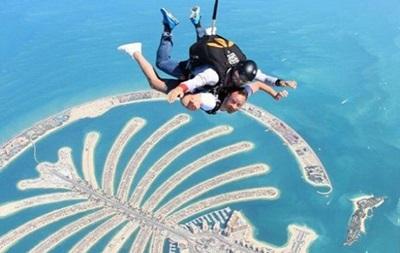 Исполнил мечту: Джон Терри решился на прыжок с парашютом в Дубае