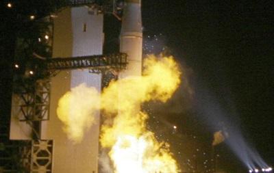 США потеряли в космосе новейший спутник