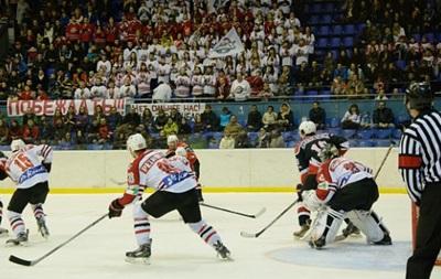 Хокей: Донбас за крок від золотих медалей чемпіонату України