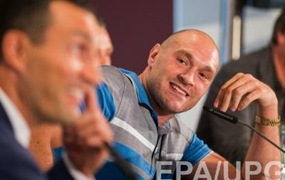 Тайсон Ф юрі пообіцяв помочитися на титул IBF